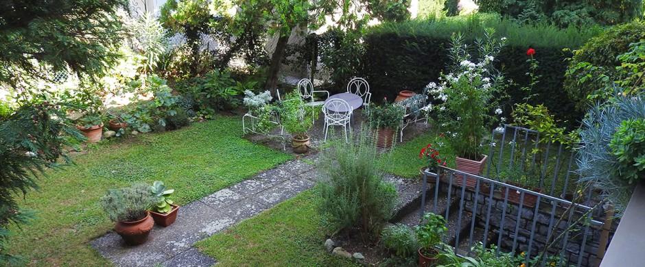 Appartamento con Giardino e locale hobby separato – Rif. 308